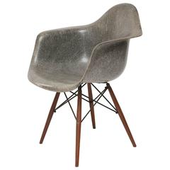 Early Zenith Eames DAW Chair