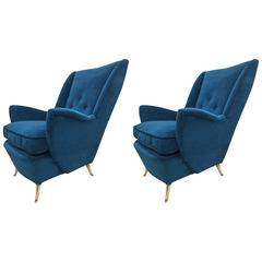 Pair of Large Italian Mid-Century Wingback Lounge Chairs by Arredamenti ISA