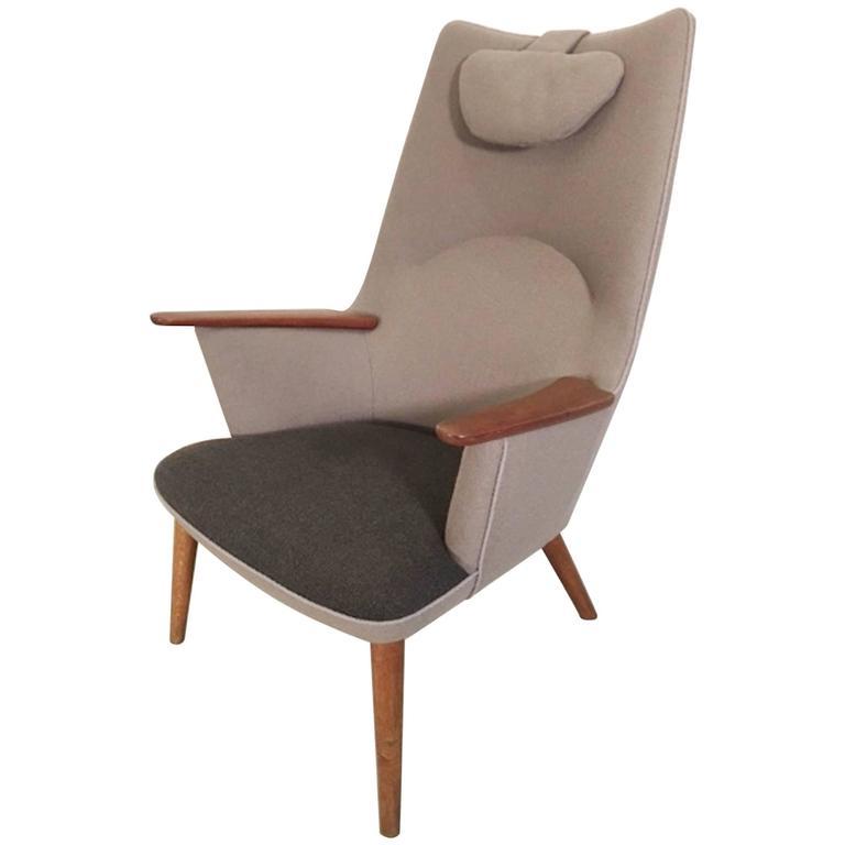 Iconic Hans Wegner AP27 Chair  sc 1 st  1stDibs & Hans J. Wegner Mama Bear AP28 1954 For Sale at 1stdibs