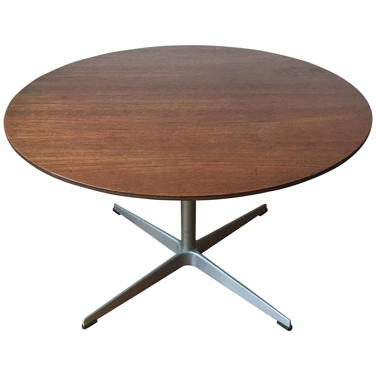 Arne Jacobsen for Fritz Hansen Teak Coffee Table For Sale at 1stdibs