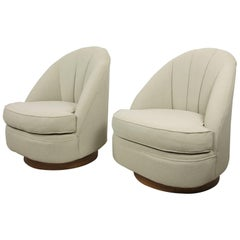Pair of Club Chairs by Milo Baughman for Thayer Coggin