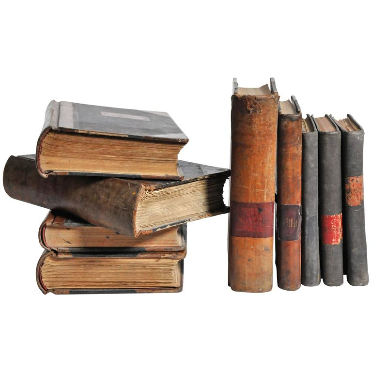 Leather Bound Set of Spanish Books For Sale