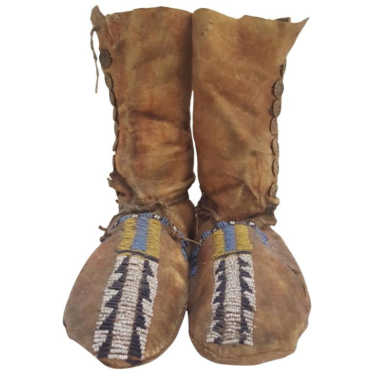 19th Century Plains Beaded Moccasins For Sale