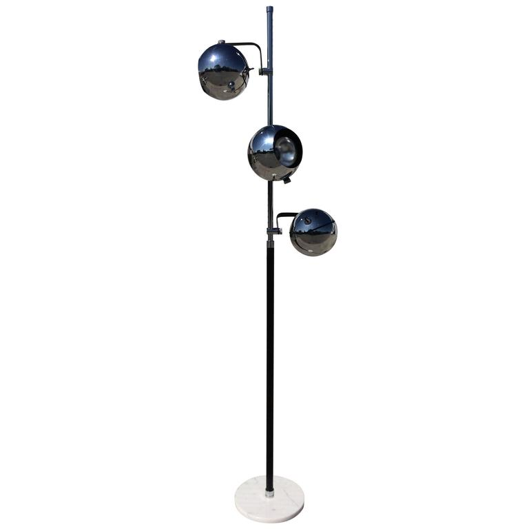 Floor Lamp With Three Adjustable Chrome Spheres In The