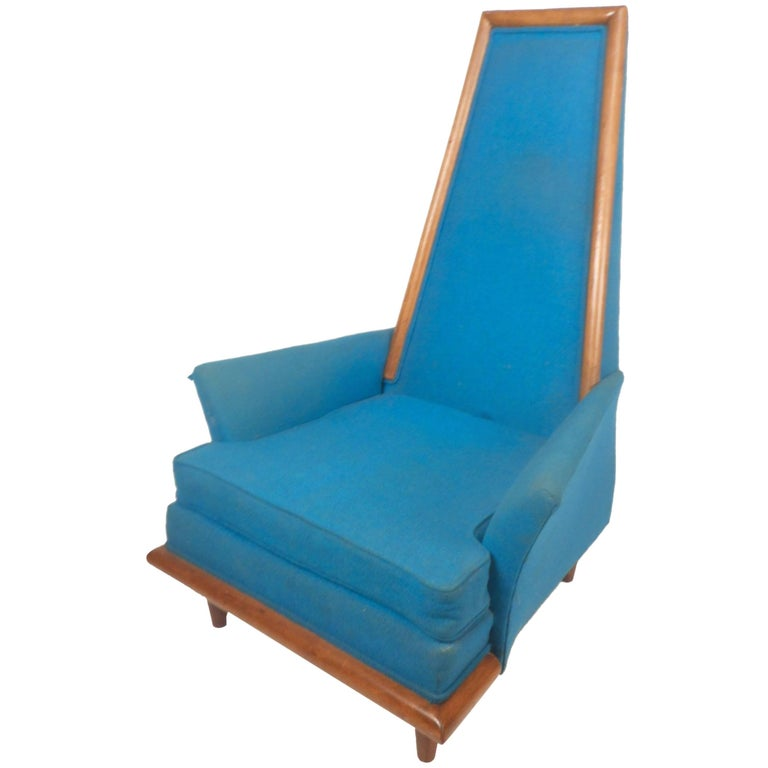 Mid-Century Modern High Back Lounge Chair in the Style of Adrian Pearsall For Sale
