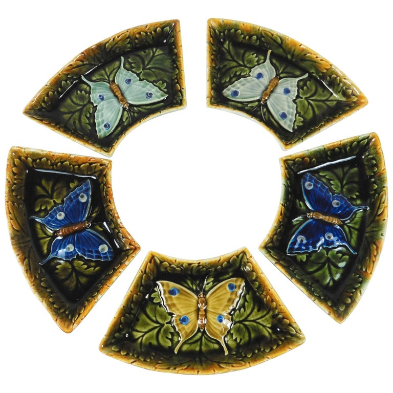 Set of Five Austrian Majolica Butterflies Dishes, circa 1900 For Sale