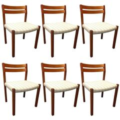 Set of Six Danish Modern Dining Chairs in Solid Teak Attributed to Niels Moller