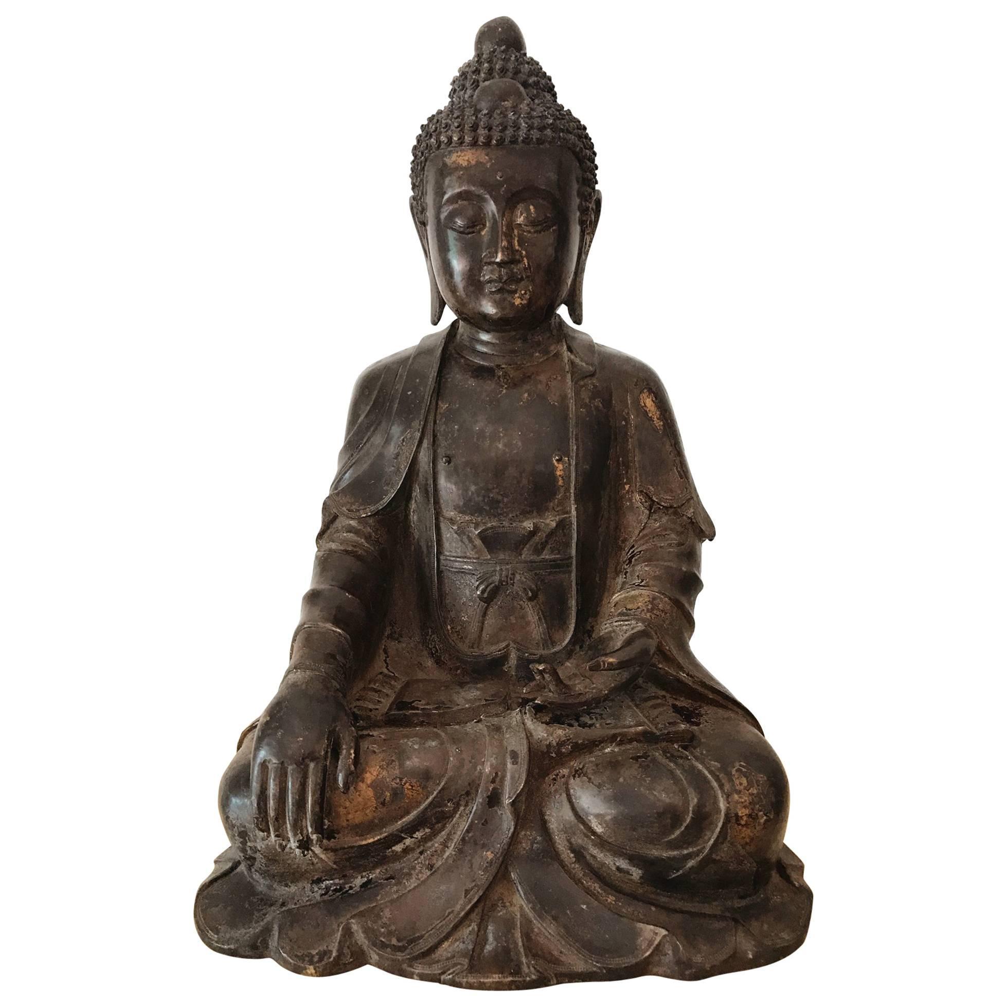 Large and Fine Antique Bronze Buddha