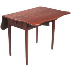 Red Painted Southeastern New England Drop-Leaf Table, circa 1800