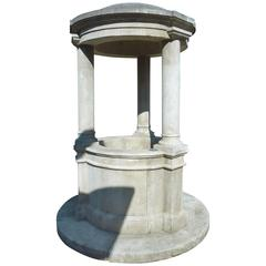 Magnificent Round Well in French Limestone with Base, Columns and Roof