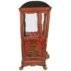19th Century Chinoiserie Lacquer Sedan Chair