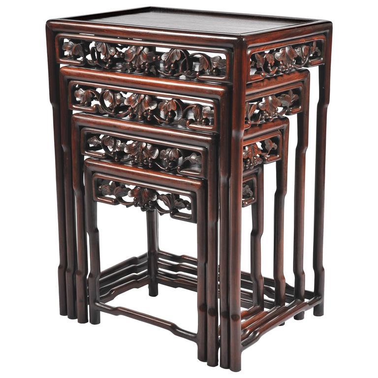 Attirant Nest Of Four 19th Century Chinese Hardwood Tables