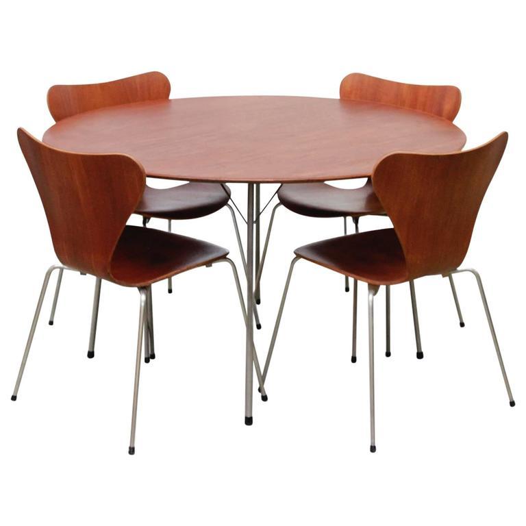 Dining Set by Arne Jacobsen for Fritz Hansen, 1950s 1