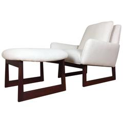 Stunning Jens Risom Lounge Chair and Ottoman Reupholstered in Cream Linen