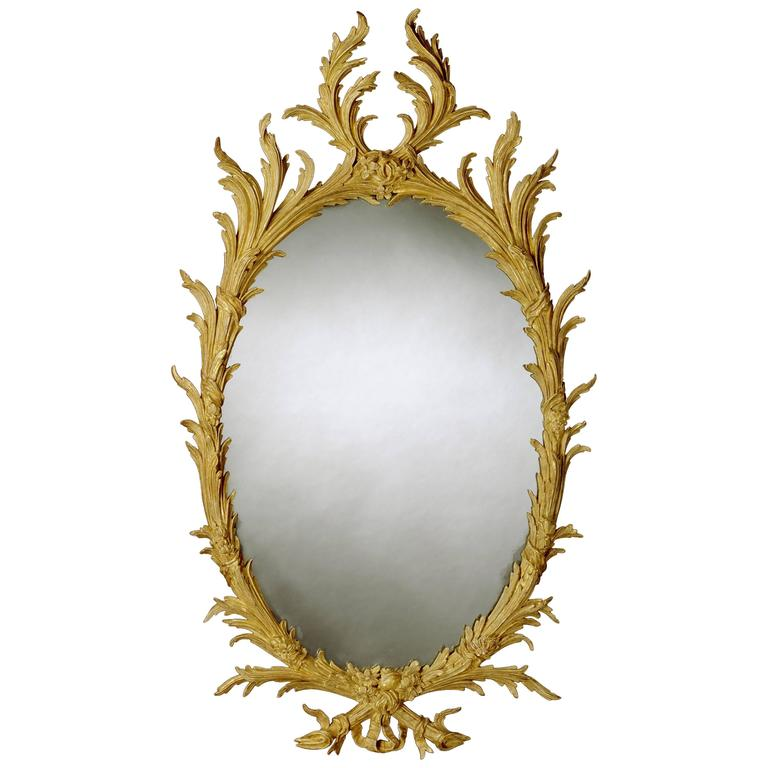 Early George III 18th Century Oval Carved Giltwood Mirror For Sale