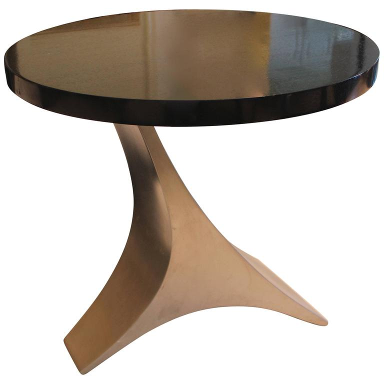 Small And Stylish End Table With Dark Brown Top Over Curved Chrome Base For  Sale