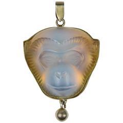 René Lalique Opalescent Glass and Vermeil Madagascar Pendant