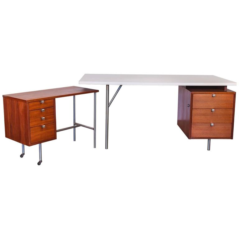 Superieur George Nelson Desk System