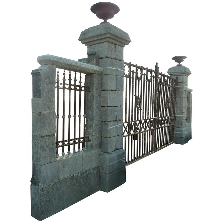 Beautiful Pair Of Antique Stone Pillars With Low Walls