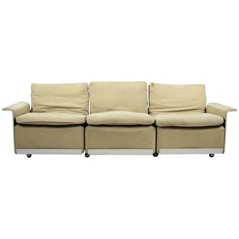 Elegant RZ 62 Four Element Mohair Sofa By Dieter Rams For Vitsoe SDR+ 1