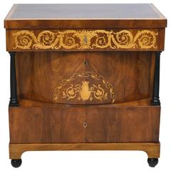 19th Century Biedermeier Chest of Drawers in Mahogany with Marquetry Inlays
