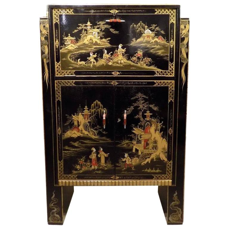 Striking Chinoiserie Lacquered Art Deco Period Cocktail Cabinet 1
