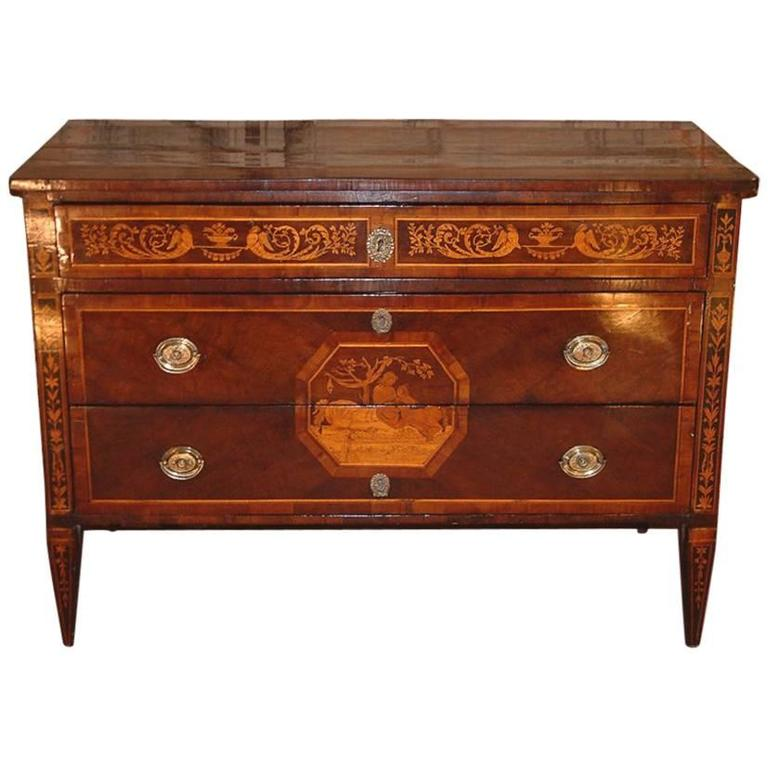 Neoclassical italian milanese walnut commode circa 1770 for Sideboard lindholm