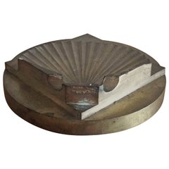 Brutalist Scallop Shaped Solid Bronze Paperweight, France, 1970s