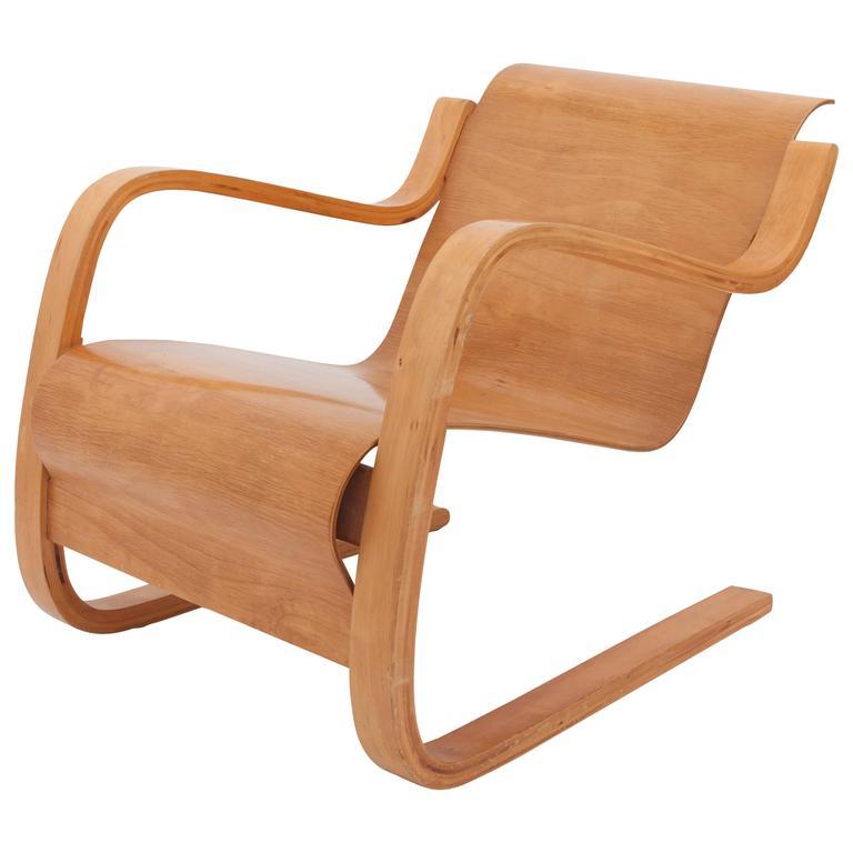 Alvar aalto cantilever chair 31 at 1stdibs for Alvar aalto chaise