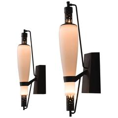 French Art Deco Wall Light in Steel and Opaline Glass