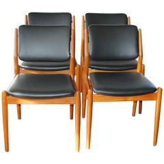 Set of Four Arne Vodder Dining Chairs in Teak with New Leather for Sibast