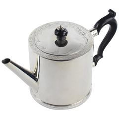 Teapot, R&S.Garrard&Co. Haymarket, London, Made in 1909, 925 Sterling Silver