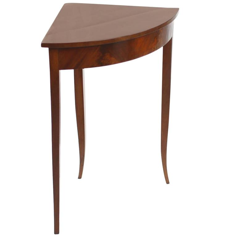 Small Biedermeier Corner Table, Mahogany Veneer, Germany, circa 1820-1830