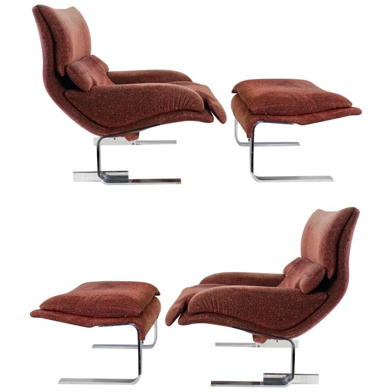 "Pair of ""Onda"" Lounge Armchairs with Matching Footstools by G. Offredi, 1970s 1"