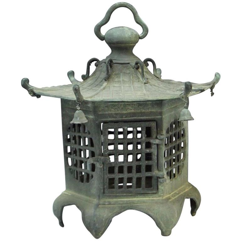 Japan Antique Bronze Lantern, Good Choice for Your Roof Top or Tea Garden 1