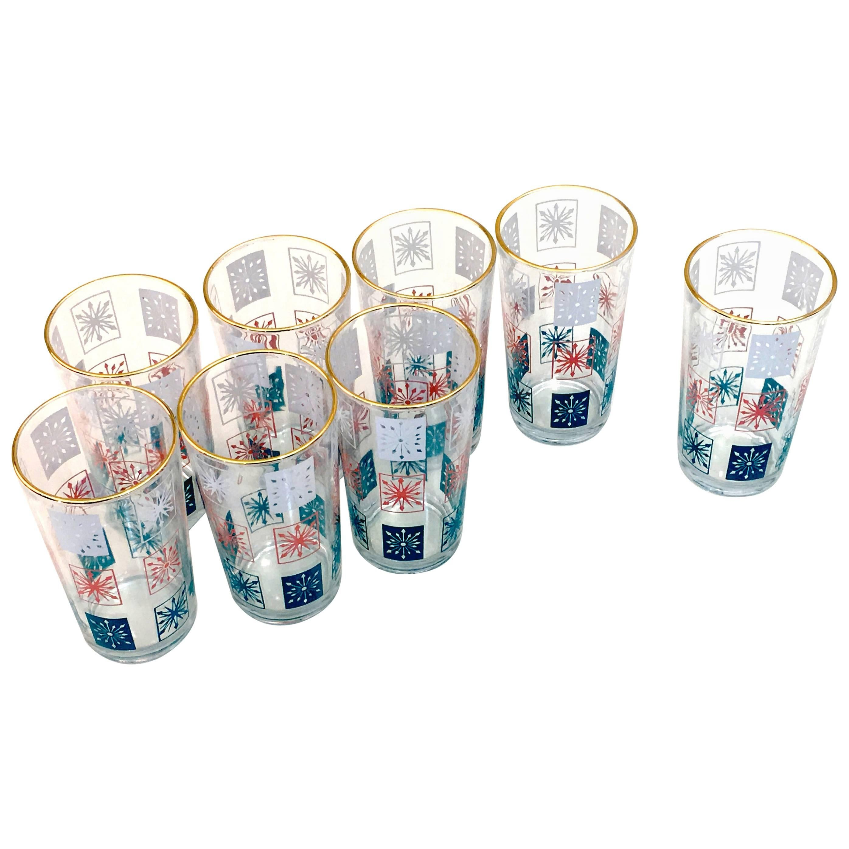 Set of Eight Barware Tom Collins Glasses with Snowflake Motif