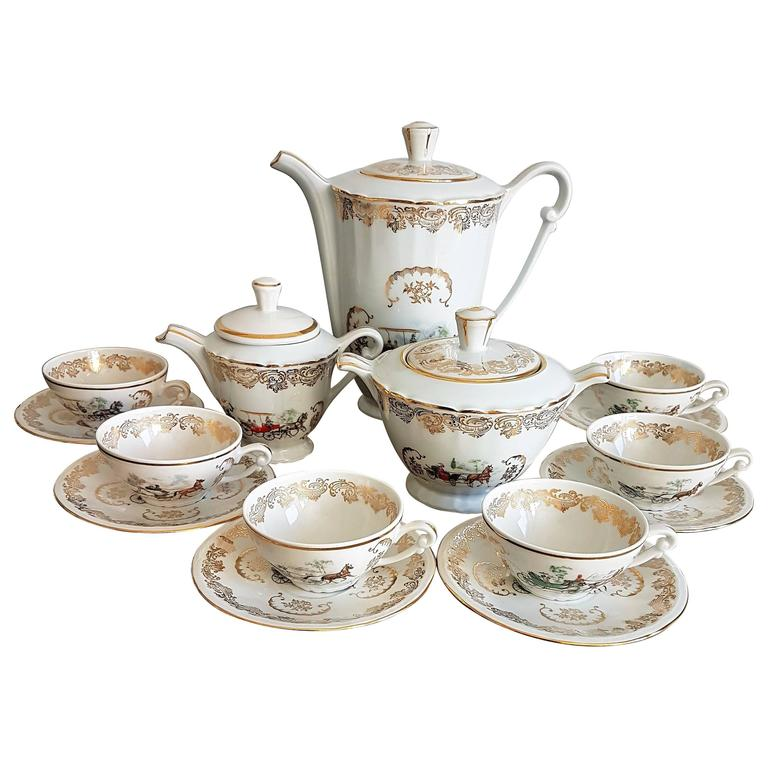 Classic Italian White And Gold Porcelain Tea Set For Sale