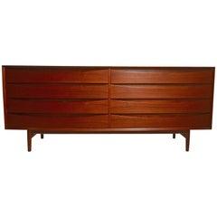Large Eight-Drawer Dresser Designed by Arne Vodder for Sibast