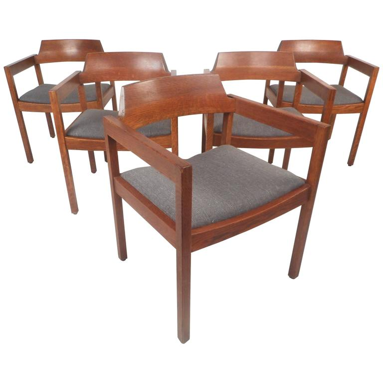 Marvelous Set Of Five Mid Century Modern Walnut Dining Chairs By Gunlocke Chair Company Gmtry Best Dining Table And Chair Ideas Images Gmtryco