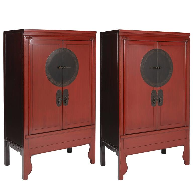 Antique Chinese Chinoiseri Pair Red Lacquer Ju Mu Wedding Cabinets, Round  Plate For Sale - Antique Chinese Chinoiseri Pair Red Lacquer Ju Mu Wedding Cabinets