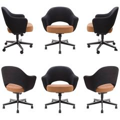 Saarinen for Knoll Executive Armchairs in Original Two-Tone Boucle, Swivel Base