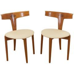 Pair of Moreddi Teak Side Chairs in Cream Leather