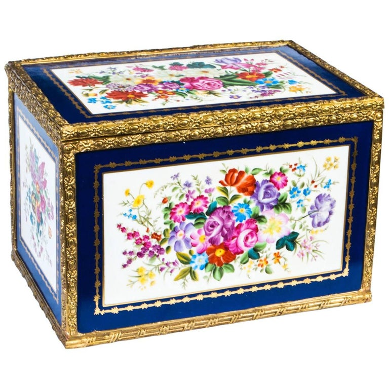 Large Hand-Painted Navy Sèvres Porcelain Casket For Sale