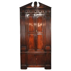 George II period early 18th Century Architectural Cuban Mahogany Corner Cupboard