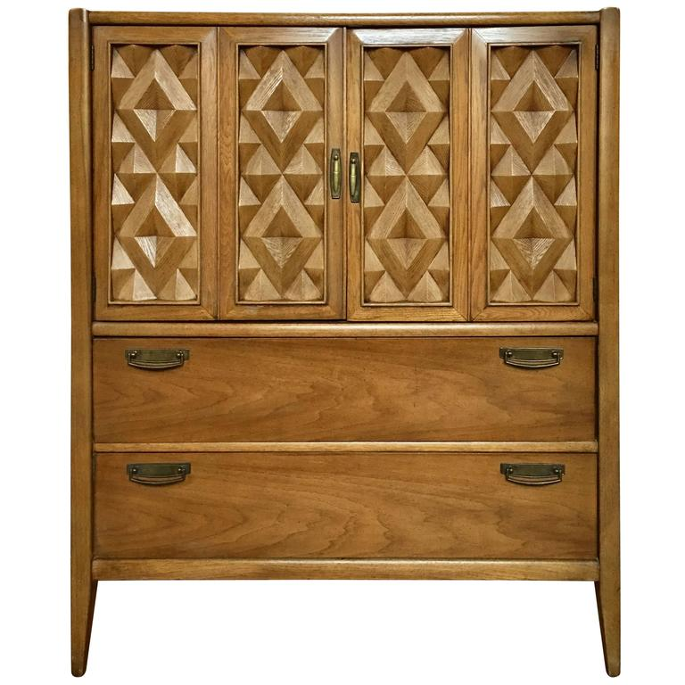 Exceptionnel Brutalist Mid Century Modern Armoire Cabinet Chest, Diamond Head Hawaii For  Sale