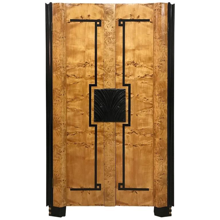 fine art deco wardrobe italy for sale at 1stdibs. Black Bedroom Furniture Sets. Home Design Ideas