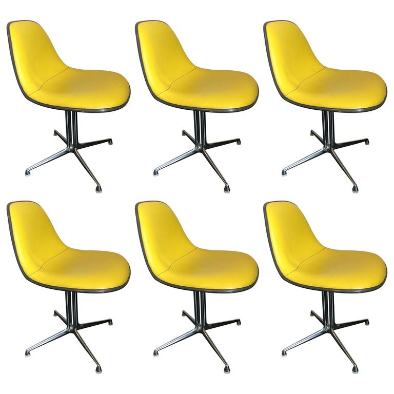 Set of Six La Fonda Chairs by Charles and Ray Eames Herman Miller For Sale