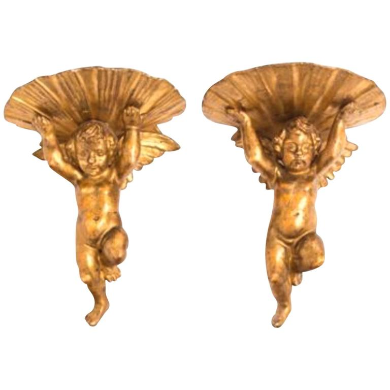 Charming Pair of 19th Century Italian Giltwood Brackets, Putti Supporting Shell 1