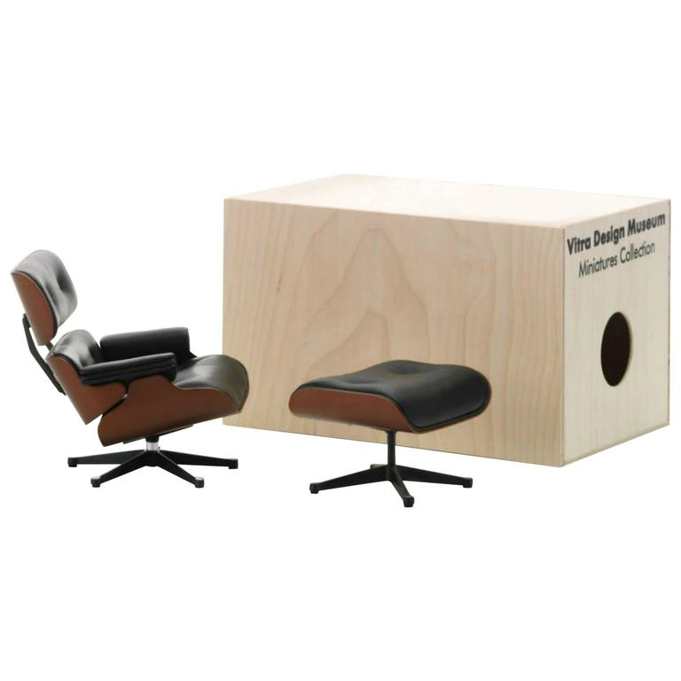 Vitra Miniature Eames Lounge Chair And Ottoman In As New