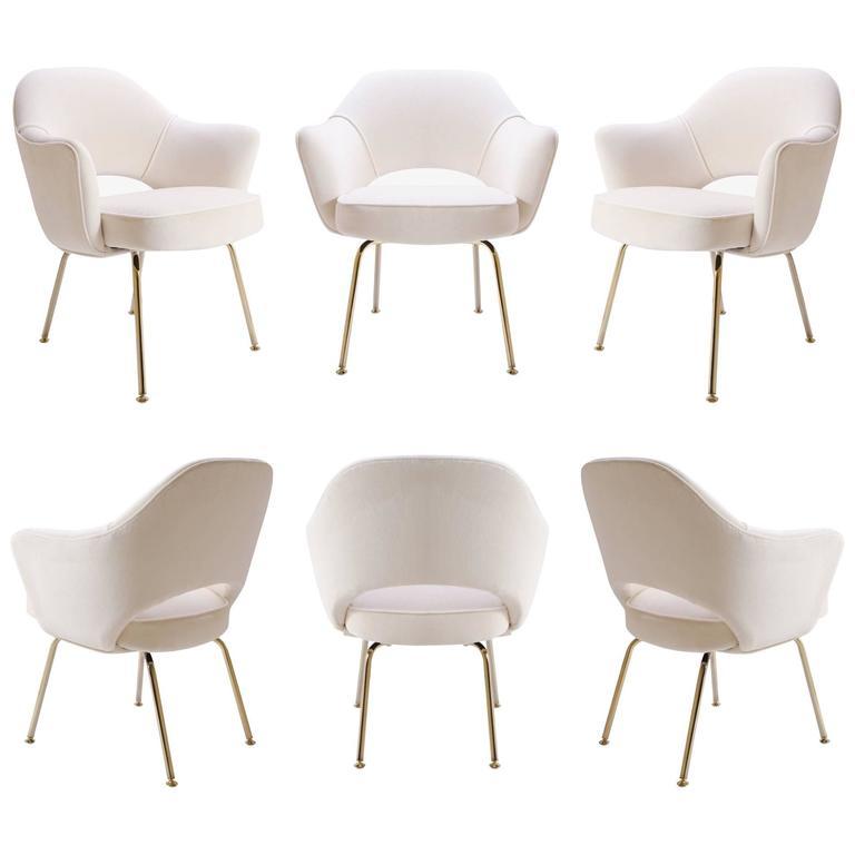 Saarinen Executive Armchair in Crème Velvet, 24-Karat Gold Edition, Set of 6 1